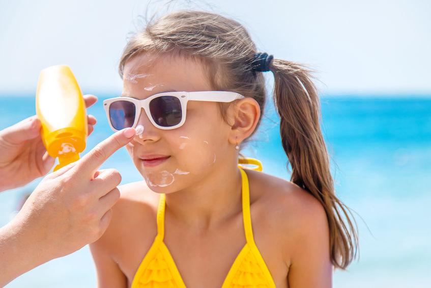 face sun protection tips for the beach