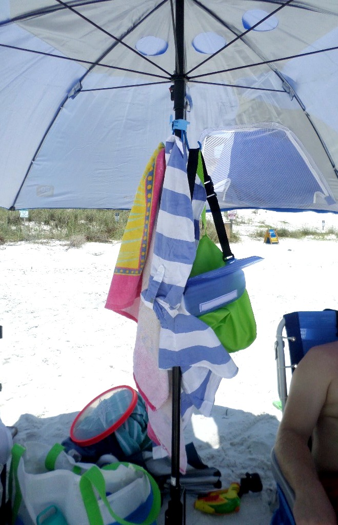 portable beach umbrella hook