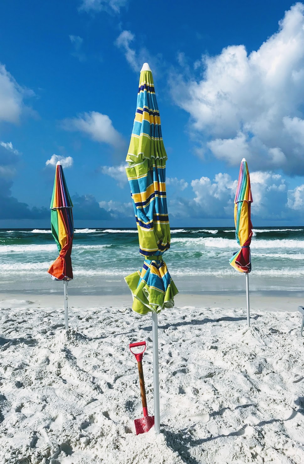 portable beach umbrellas