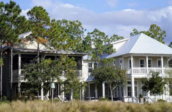 luxury beach house rentals