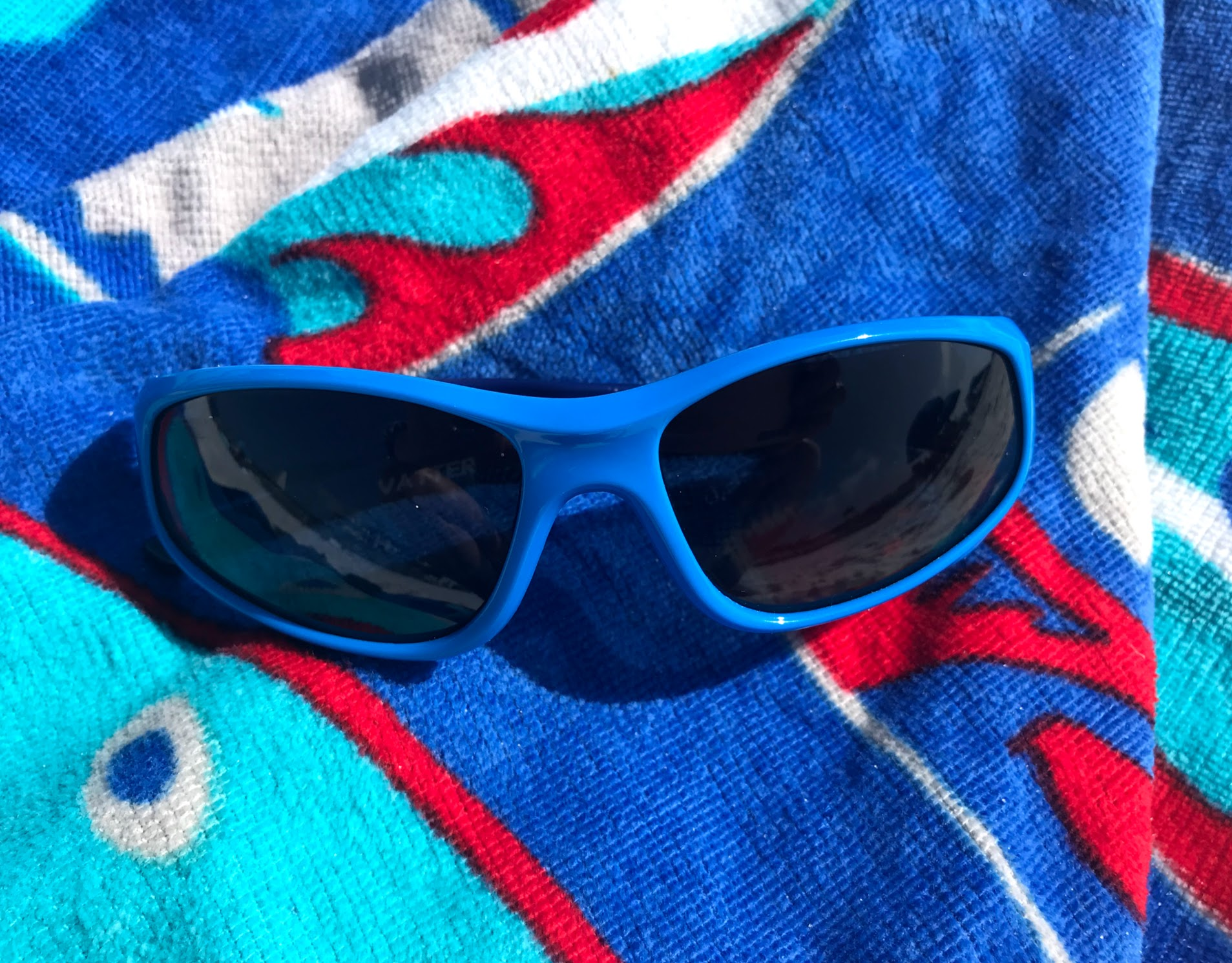sunglasses for kids at the beach