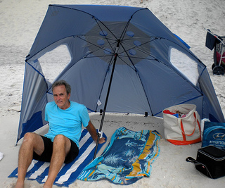 beach umbrella tent