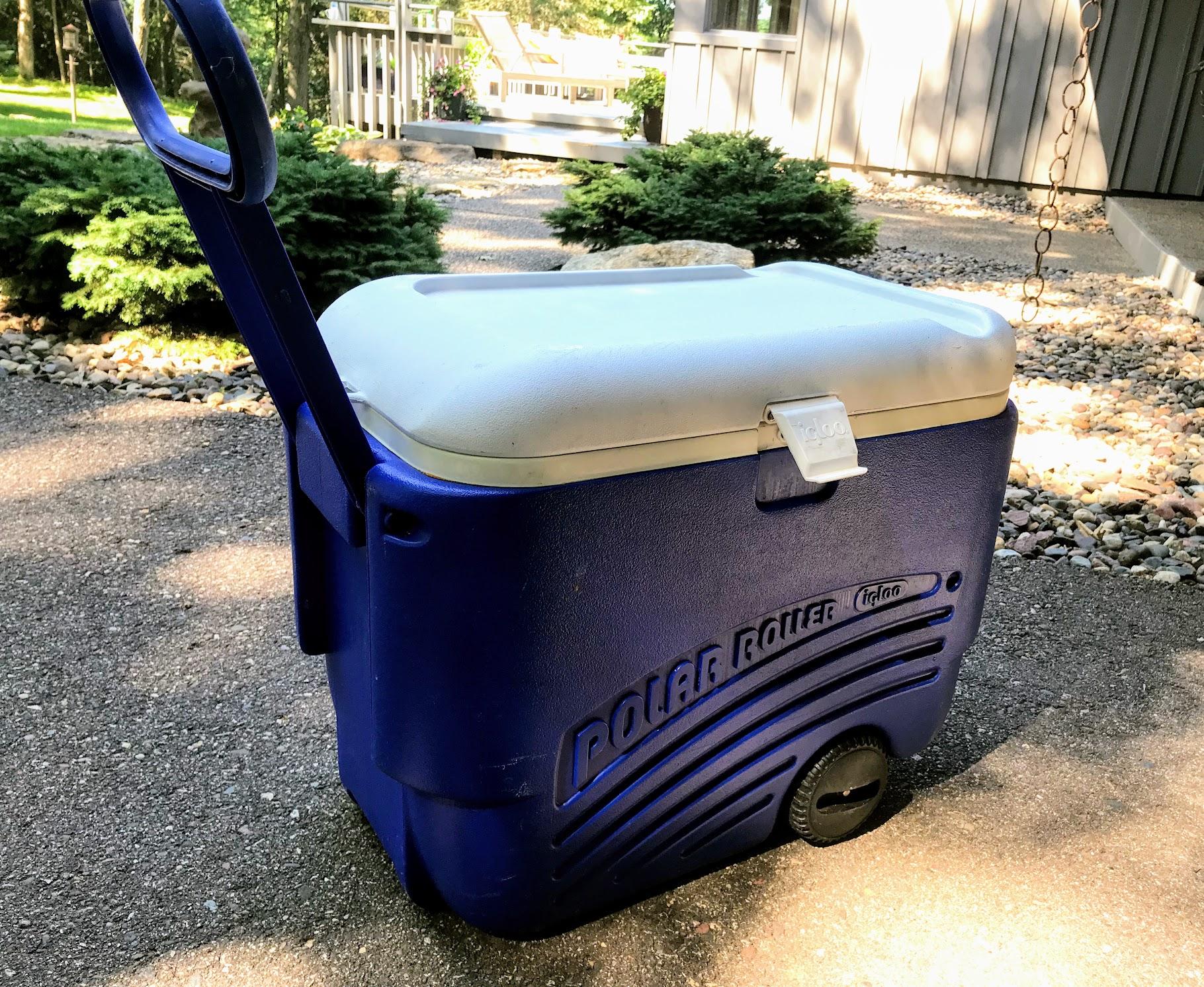 beach cooler on wheels