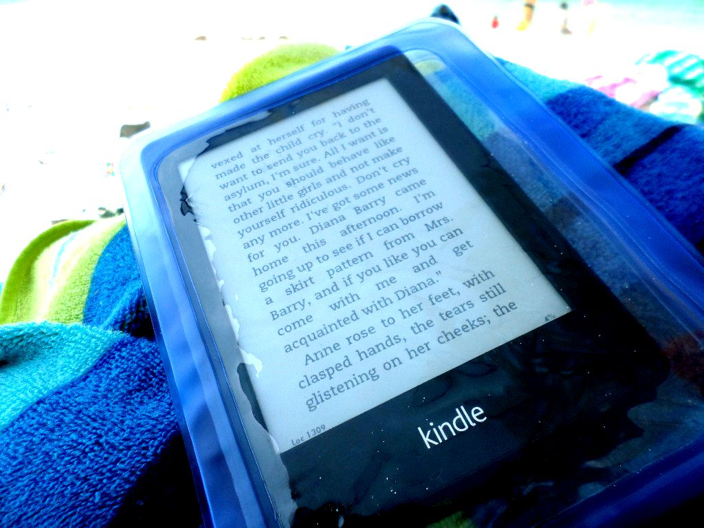 waterproof kindle cases