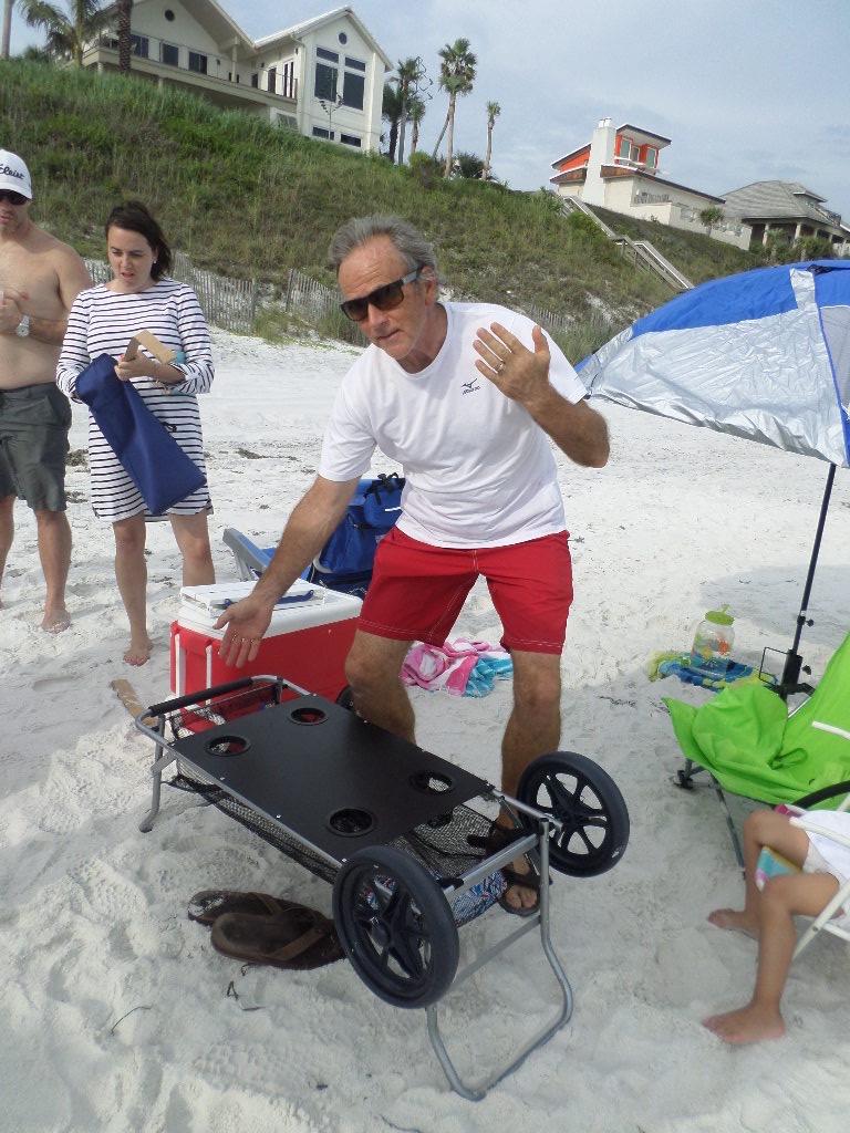 beach utility cart and folding beach table