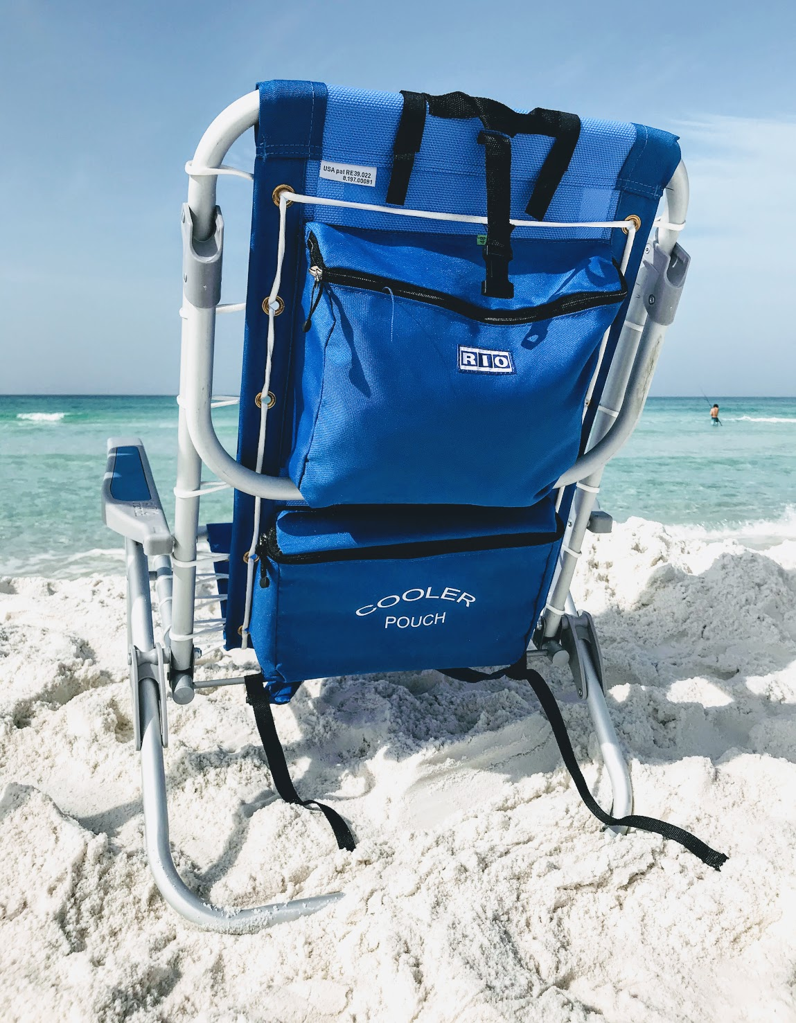 folding beach chair with cooler by Rio